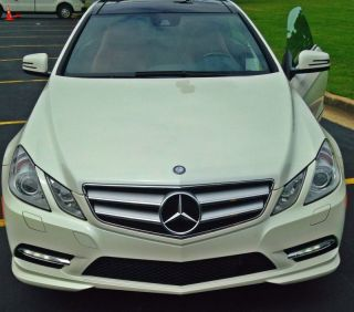 2012 Mercedes Benz E550,  White Exterior,  Red Interior photo