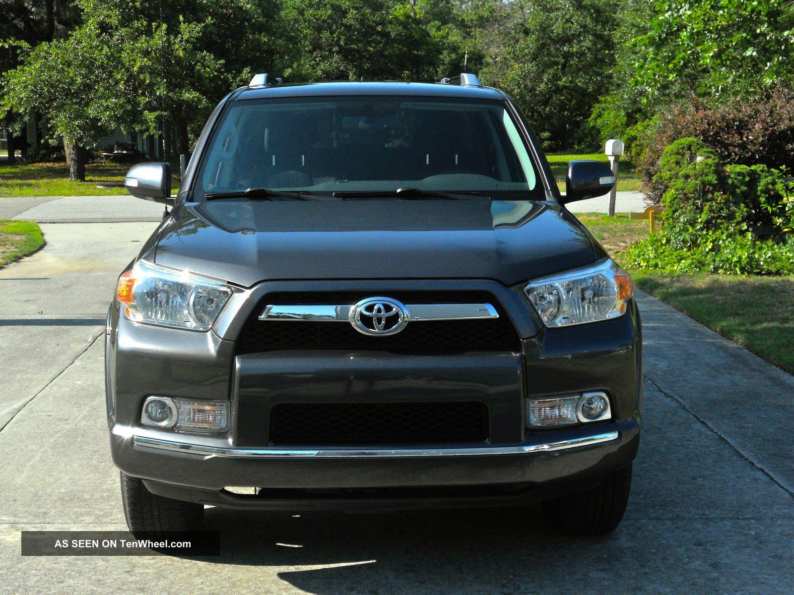 2011 Toyota 4runner Sr5 Sport Utility 4 - Door 4.  0l 4Runner photo