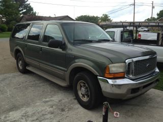 2000 Ford Excursion Limited Sport Utility 4 - Door 5.  4l photo