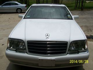 1995 Mercedes S320 - Looks Showroom Condition. . . photo