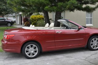 2008 Chrysler Sebring Limited Hard Top Convertiable photo