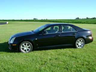 2006 Cadillac Sts Base Sedan 4 - Door 4.  6l photo