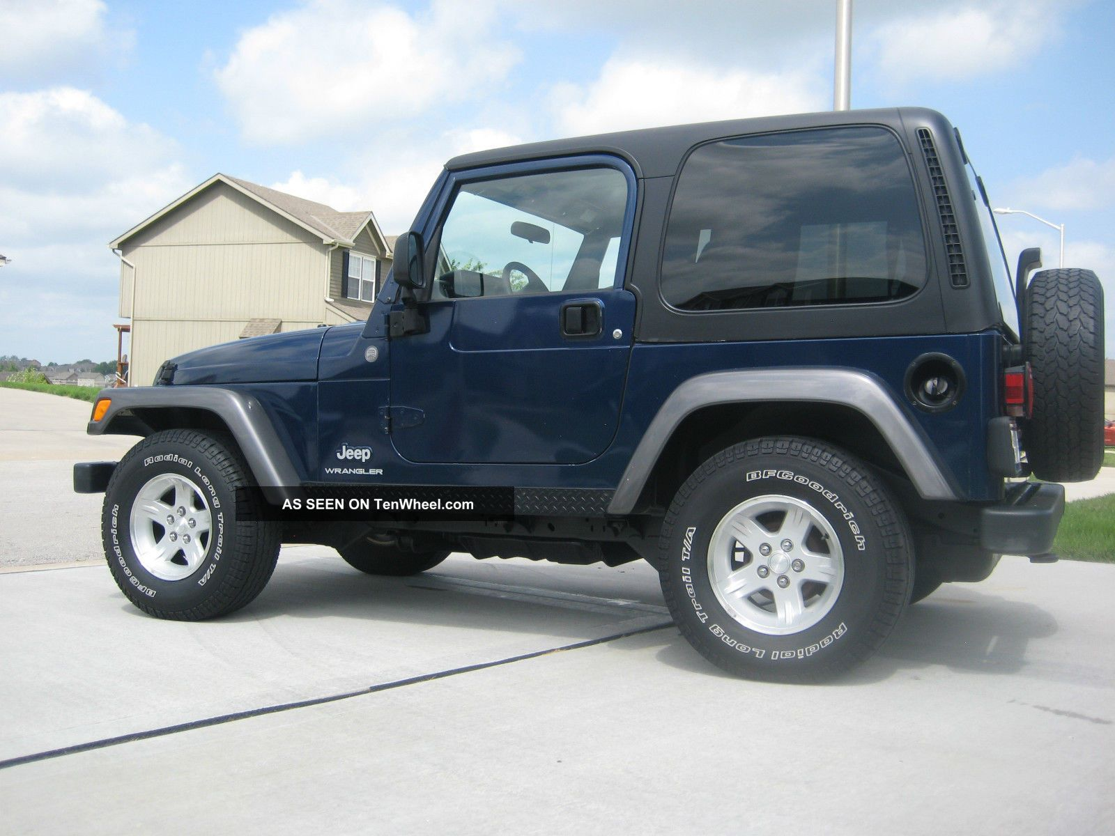2004 jeep wrangler x sport utility 2 door 4 0l. Black Bedroom Furniture Sets. Home Design Ideas