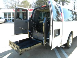 2010 Gmc Savana Awd Wheelchair Van In Virginia photo