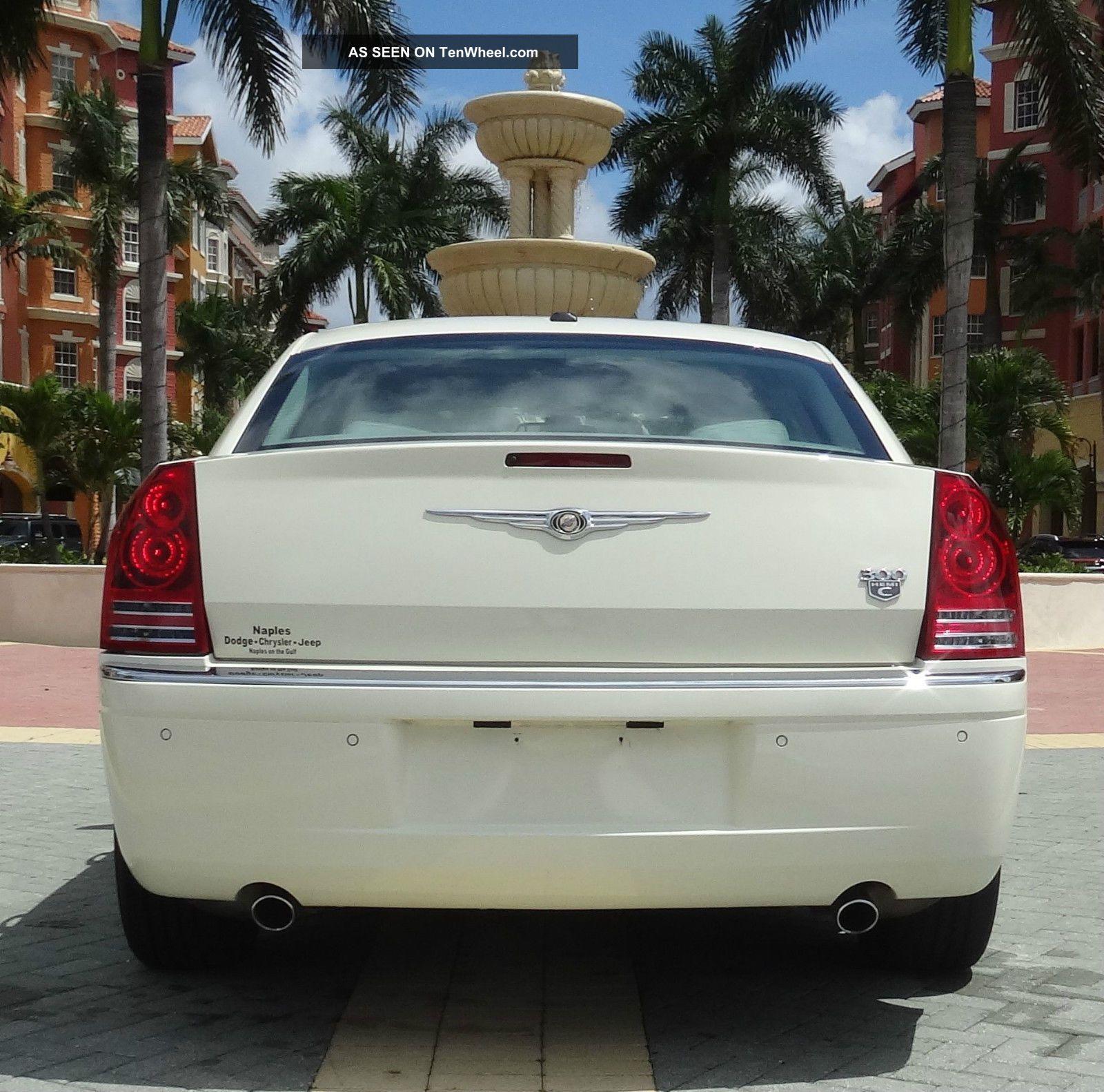 2006 Chrysler 300 C Sedan 4: Door 5. 7l Hemi Pearl White