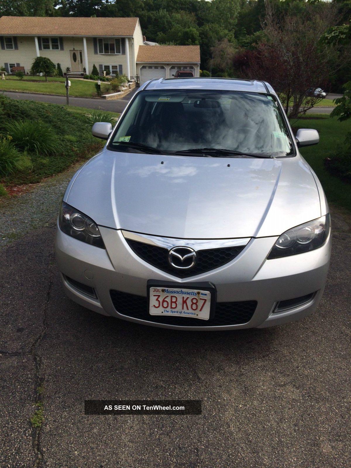 2008 Mazda 3 I Sedan 4 - Door 2.  0l Mazda3 photo