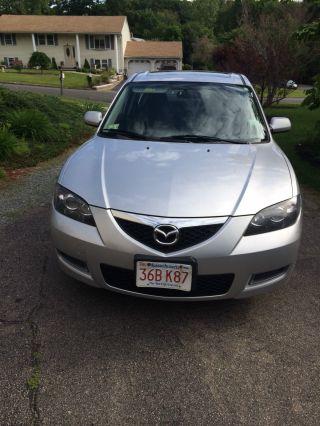 2008 Mazda 3 I Sedan 4 - Door 2.  0l photo