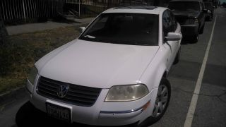 2003 Volkswagen Passat Glx Sedan 4 - Door 2.  8l photo