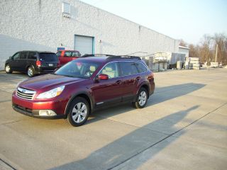 2011 Subaru Outback 2.  5i Premium Wagon 4 - Door 2.  5l photo