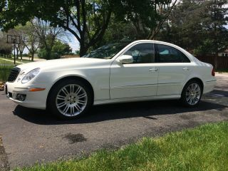 2008 Mercedes Benz E350 4matic photo