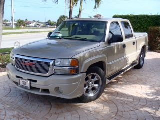 2005 Gmc Sierra 1500 With Southern Comfort Ultimate Conversion Package photo
