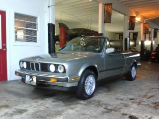 1989 Bmw 325i Convertible - 5 - Speed Manual Transmission photo