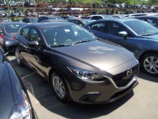 2014 Mazda 3i Touring photo