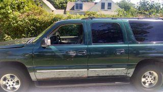 2002 Chevrolet Suburban 1500 Lt Sport Utility 4 - Door 5.  3l photo