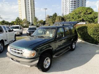 1995 Ford Explorer Xlt Sport Utility 4 - Door 4.  0l photo