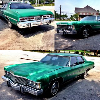 1974 Chevrolet Impala Green 4 Door