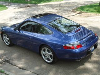2001 Porsche 996 (911) C2 Coupe photo