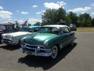 1951 Ford Victoria Base 3.  9l photo