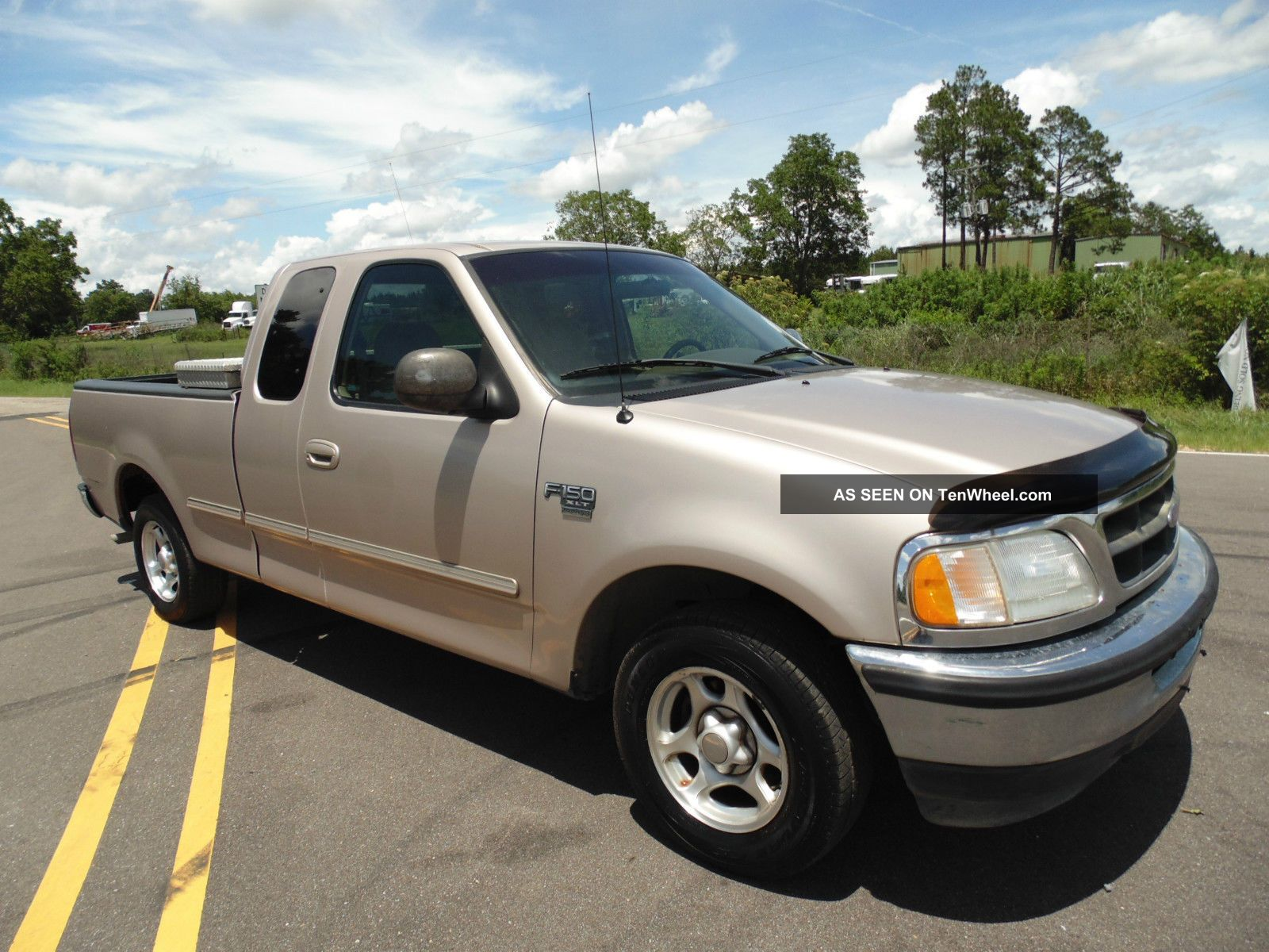 1998 ford f 150 xlt extended cab pickup 2 wheel drive in. Black Bedroom Furniture Sets. Home Design Ideas