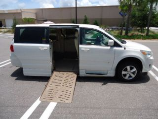 2010 Volkswagen Routan,  Wheelchair Accessible,  Mobility,  Side Entry Ramp, photo