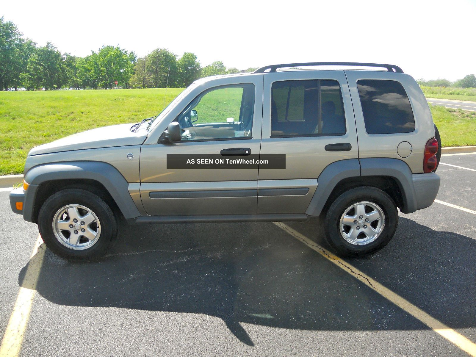2006 jeep liberty sport sport utility 4 door 2 8l. Black Bedroom Furniture Sets. Home Design Ideas