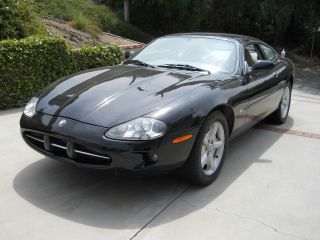 2000 Jaguar Xk8 Coupe photo