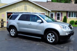 2008 Gmc Acadia Slt Sport Utility 4 - Door 3.  6l photo