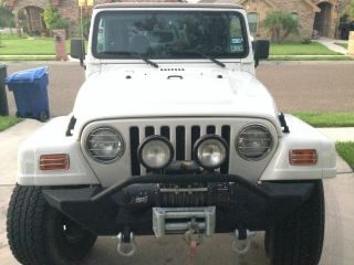 2001 Jeep Wrangler Sahara Sport Utility 2 - Door 4.  0l photo