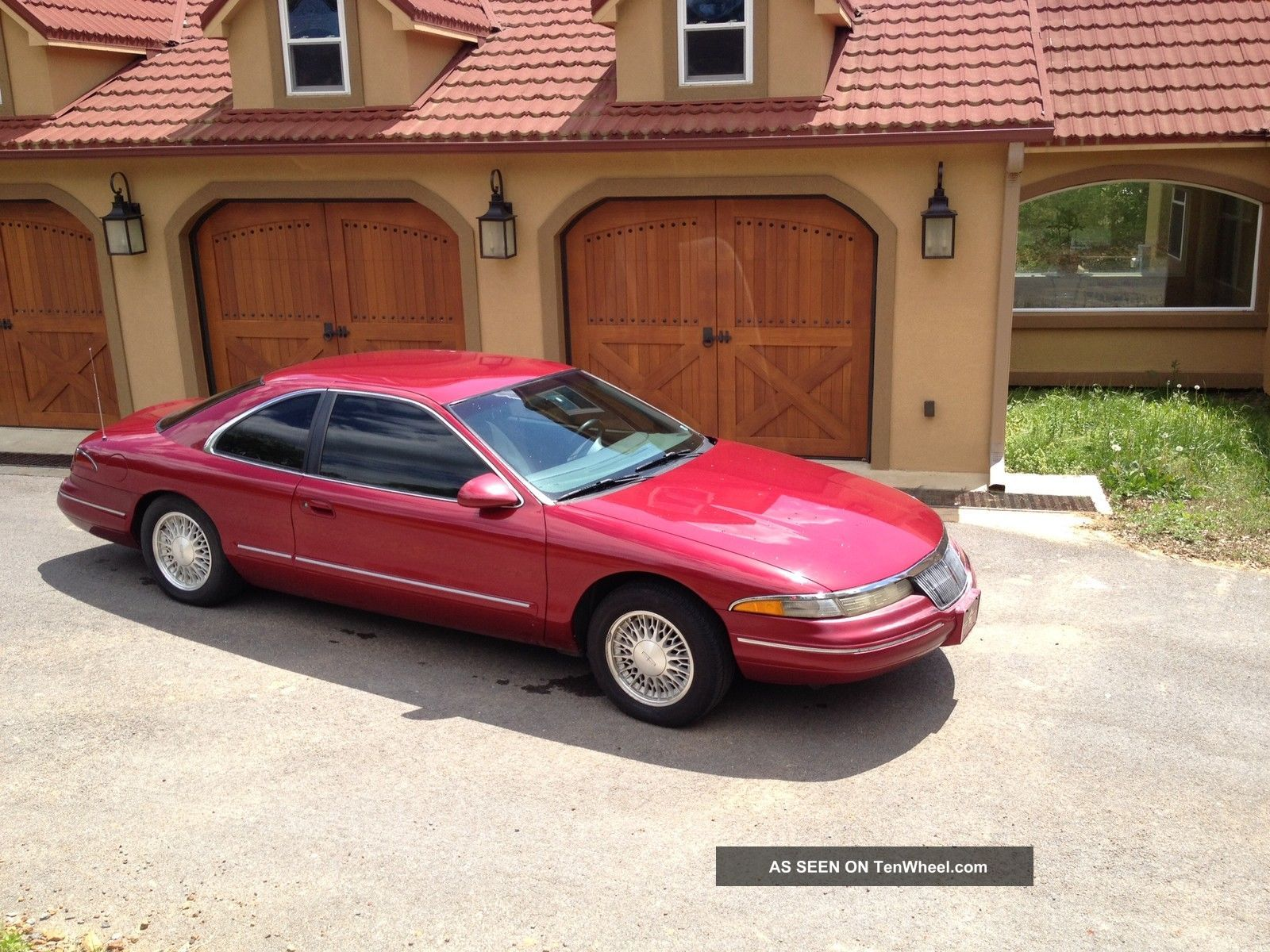 1994 Lincoln Mark Viii Base Coupe 2 - Door 4.  6l Mark Series photo