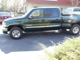 2004 Gmc Sierra 2500 Sle Crew Cab Pickup 4 - Door 6.  0l Same As Chevy Silverado photo