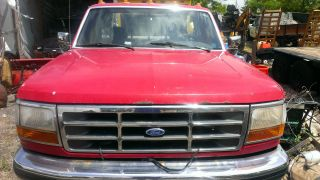 Ford F - 350 1993 Red Pick Up photo