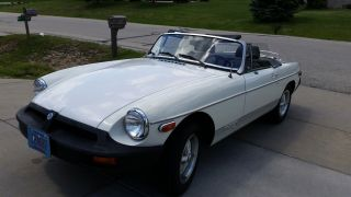 1980 Mgb Convertible photo