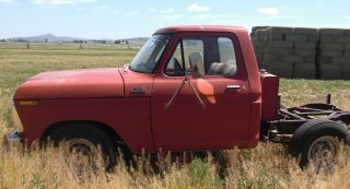 1977 Ford F250 Pickup photo