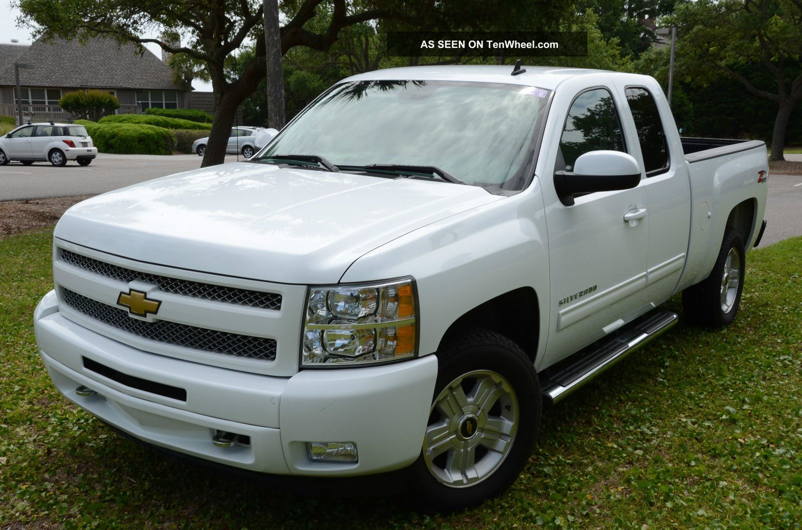 2010 chevrolet silverado z71. Black Bedroom Furniture Sets. Home Design Ideas