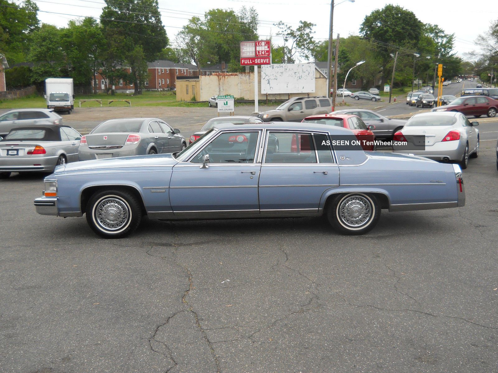 1983 cadillac fleetwood brougham d 39 elegance fleetwood photo 10. Cars Review. Best American Auto & Cars Review