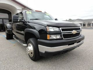 2006 Chevrolet Silverado 3500 Lt Crew Cab Pickup 4 - Door 6.  6l photo