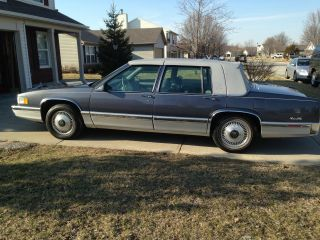 1991 Cadillac Deville Base Sedan 4 - Door 4.  9l photo