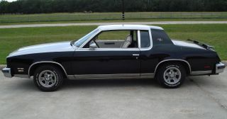 For Sale: 1979 Hurst Oldsmobile (h / O) W - 30 Model photo