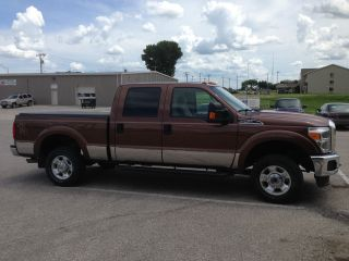 2012 Ford F250 Xlt 4x4 Crew Cab 6.  2 Liter Flex Fuel photo