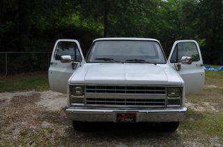 1987 Chevy Pick - Up Truck 350 - V8 / 350 Transmission W / Shift Kit photo