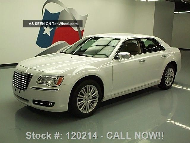 2014 Chrysler 300 C Hemi Awd 14k Texas Direct Auto 300 Series photo