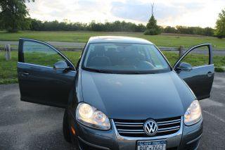 2009 Volkswagen Jetta Sel photo