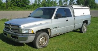 2001 Dodge Ram 2500 Quad Cab Long Bed 2wd W / Are Cap 360 V8 5.  9l photo