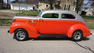 1939 Ford 2 Door Standard Two Inch Chopped Top photo