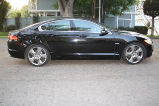 2009 Jaguar Xf Supercharged Sedan 4 - Door 4.  2l photo