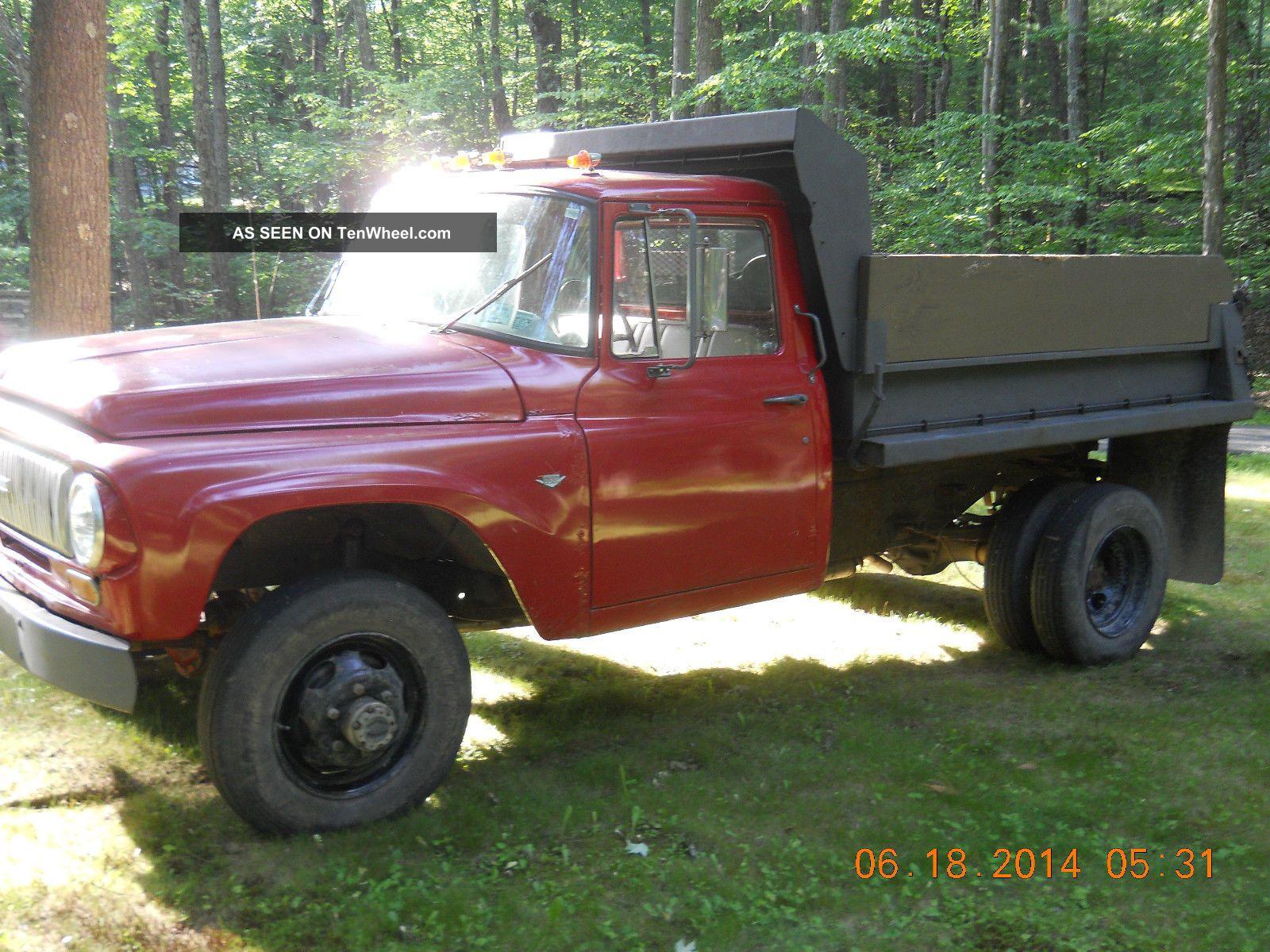 1965 International 1300 D Dump Truck Other photo