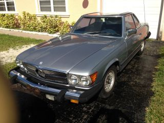 1981 Mercedes - Benz 380 Sl photo