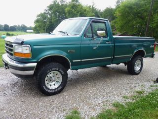 1996 Ford F - 150 Xlt 1 / 2 Ton 4x4 Standard Cab Pickup 2 - Door 5.  0l photo
