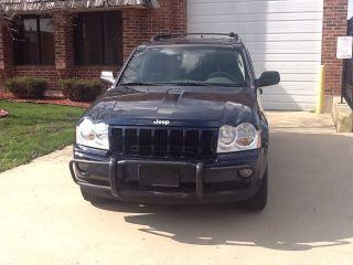2005 Jeep Grand Cherokee Laredo Sport Utility 4 - Door 4.  7l photo