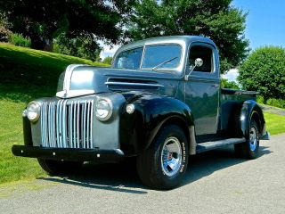 1946 Ford Truck Flatehead V - 8 photo